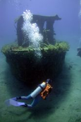 Tugboat wreck at Wreck City, St Eustatius. I'm going to h... by Brian Mayes 